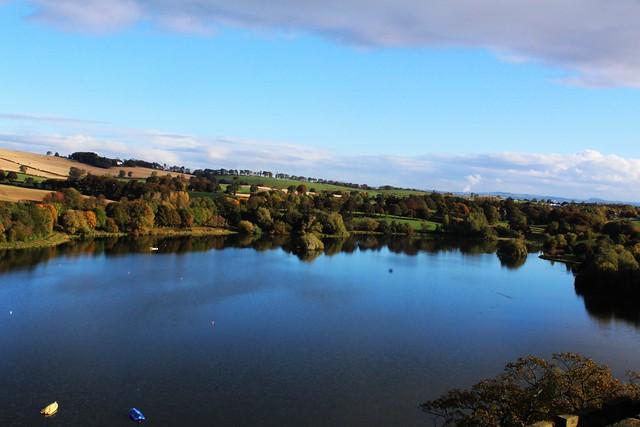 Linlithgow Peel (loch).