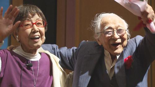 笑う101歳×2 笹本恒子 むのたけじ ©ピクチャーズネットワーク株式会社
