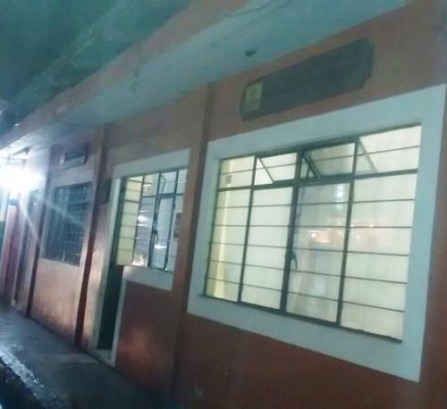 Asaltan con violencia a 13 pacientes en consultorio médico