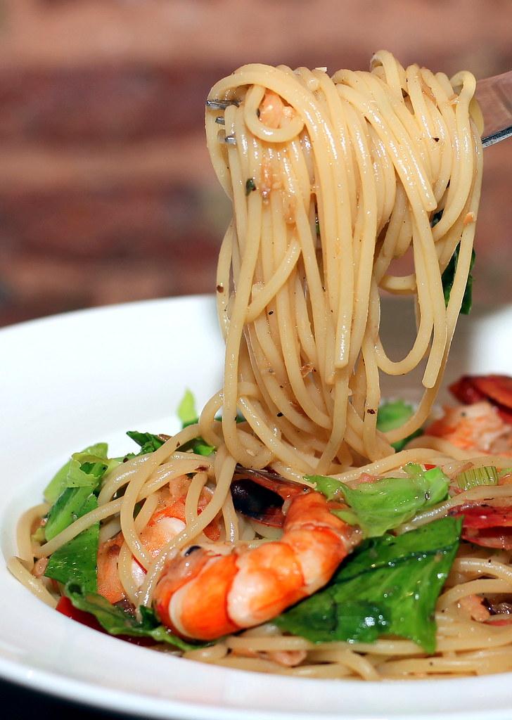 epiphyte-cafe-pasta-prawns-spaghetti