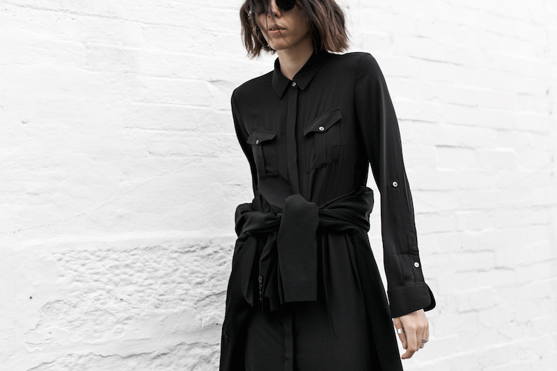 all black minimal outfit fashion blogger street style shirt dress Givenchy logo tote bag Celine sneakers modern legacy Karen Millen (15 of 16)