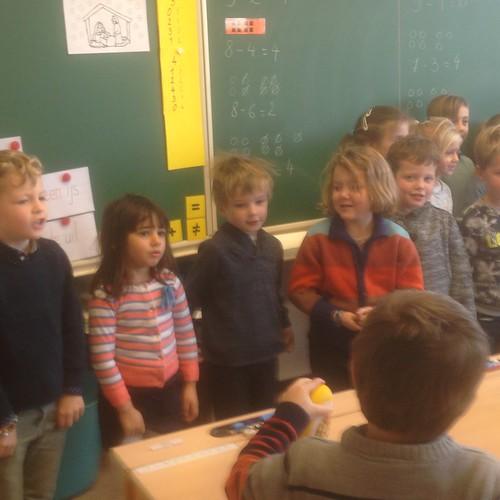 klasoverschrijdend werken: 3de kl - 1ste leerjaar: opzeggen van de Nieuwjaarsbrieven.