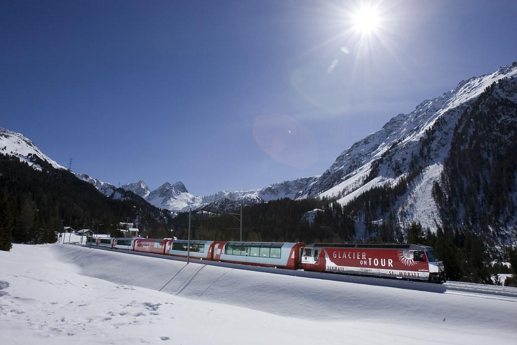 RHAETISCHE BAH: Glacier Express- Albulalinie