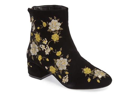 statement_boots_floral