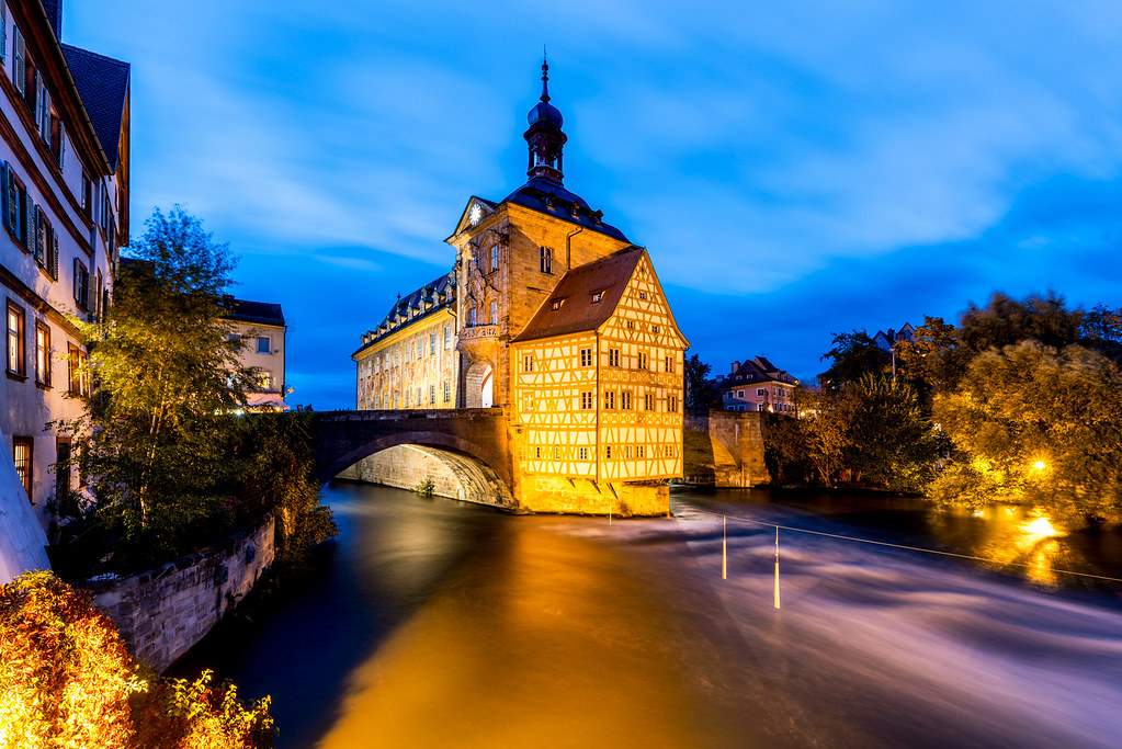 Altes Rathaus Bamberg bei Nacht 3