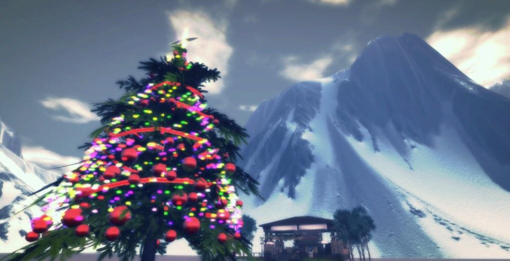 Christmas Tree at Potpourri Markets Sandbox