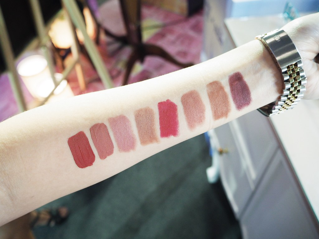 happyskin-disney-lipstick-swatch