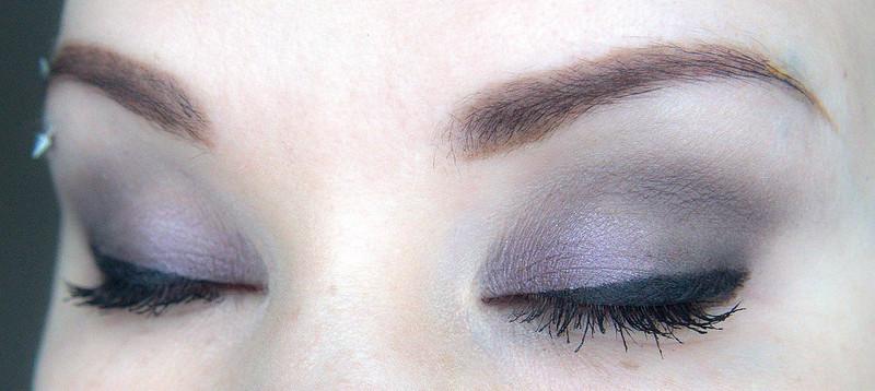 violetti ruskea smokey meikki