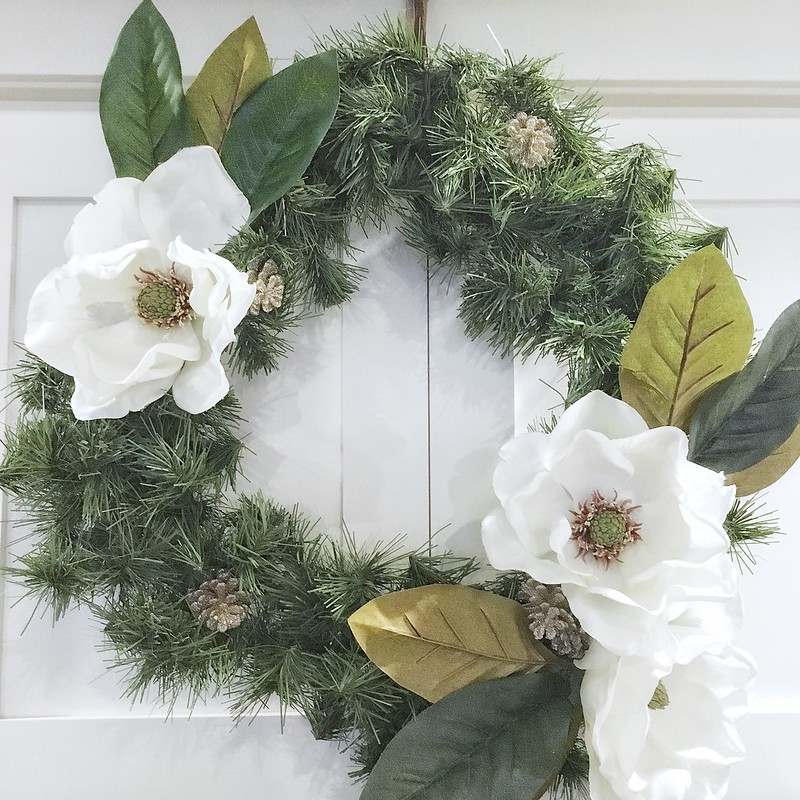 DIY Wreath Stage 1 | www.graceinmyspace.com