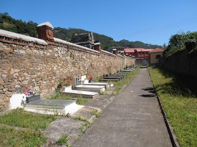 Cementerio civil de Mieres