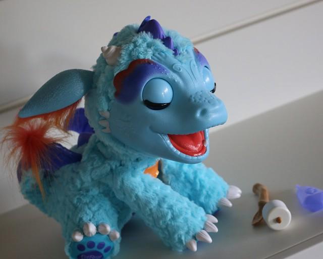 Hasbro FurReal Friends 2016 Torch The Blazin' Dragon