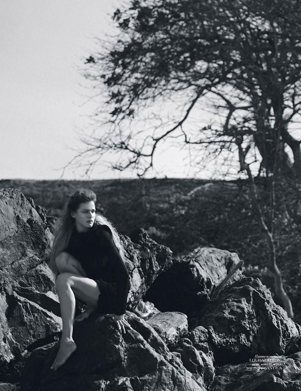 Carmen-Kass-Vogue-Ukraine-An-Le-03-620x805