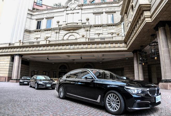 [新聞照片一]BMW大7系列為「2016商周創新之夜」講者指定尊榮座駕(商周集團提供)