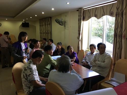 Thinh Nguyen at stakeholder workshop on VietGAHP