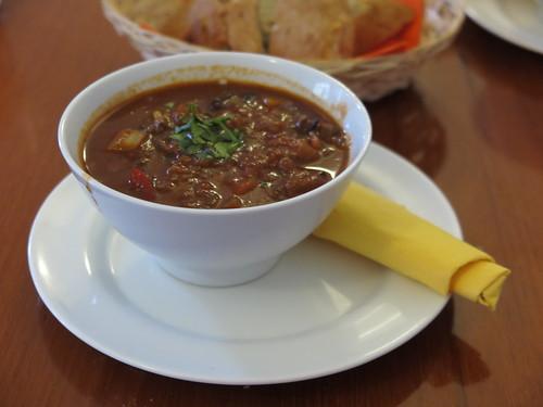 Lammgoulasch mit Couscous (in der Suppkultur-Filiale an der Hufschmiede in Minden)