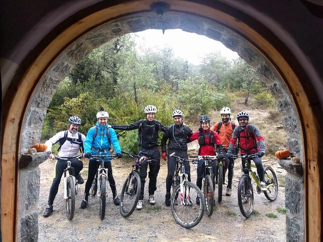 Fin de semana en Ainsa con las mountain bike y amigos