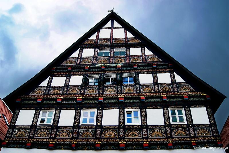 Фасад 1587 года