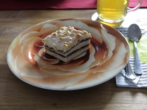 Mohn-Streuselkuchen und Grüner Tee