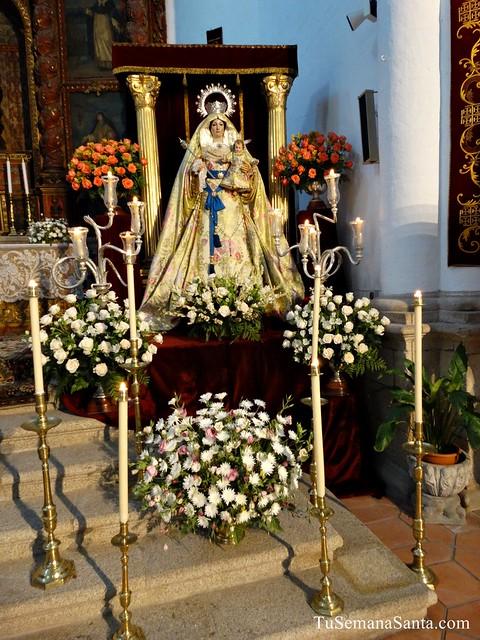 Virgen del Rosario comunidad Franciscana