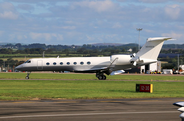 N94924 landing.