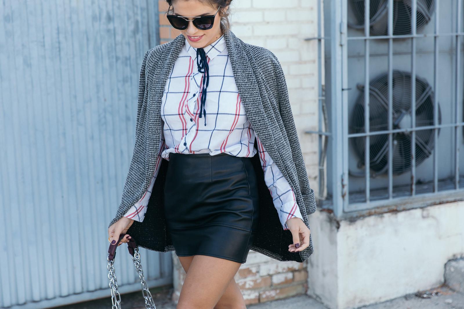 Jessie Chanes Seams for a desire - Black Boots Itshoes Parfois bag faux leather skirt-5