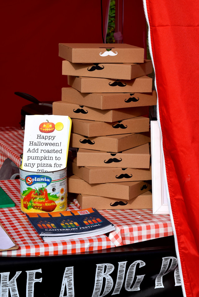 That's Amore Pizza Co. Takeaway Boxes | www.rachelphipps.com @rachelphipps