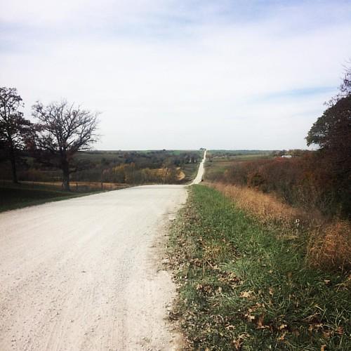 I can see for miles and miles...🎶 #hillsfordays #havemercy #girlsgonegravel #spottedhorsegravelultra #bikeiowa