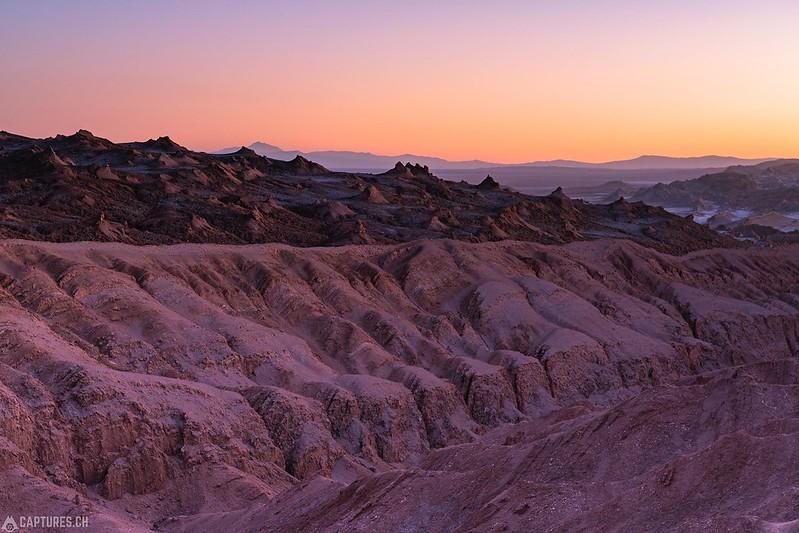 Colorful dusk - Valle de la Luna