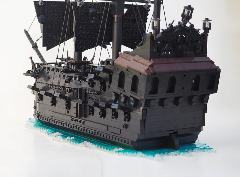 La Perla Nera (The Black Pearl)