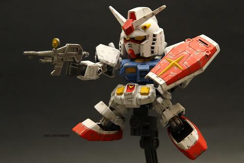 Build 14. SD RX-78-2 Gundam.