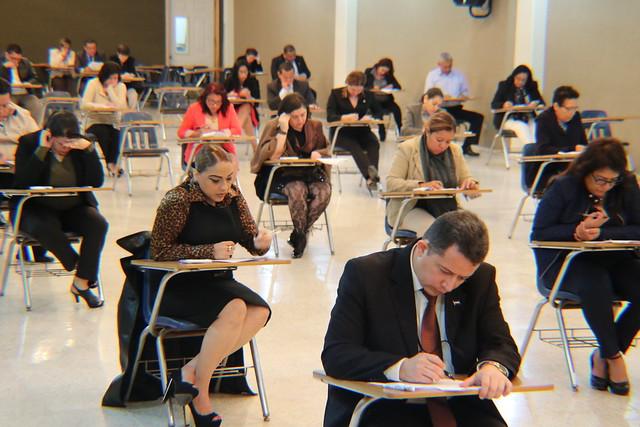 Evaluación de conocimientos a candidatos a jueces
