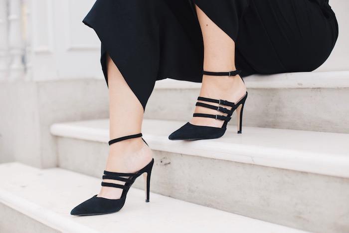 zapatos de tiras