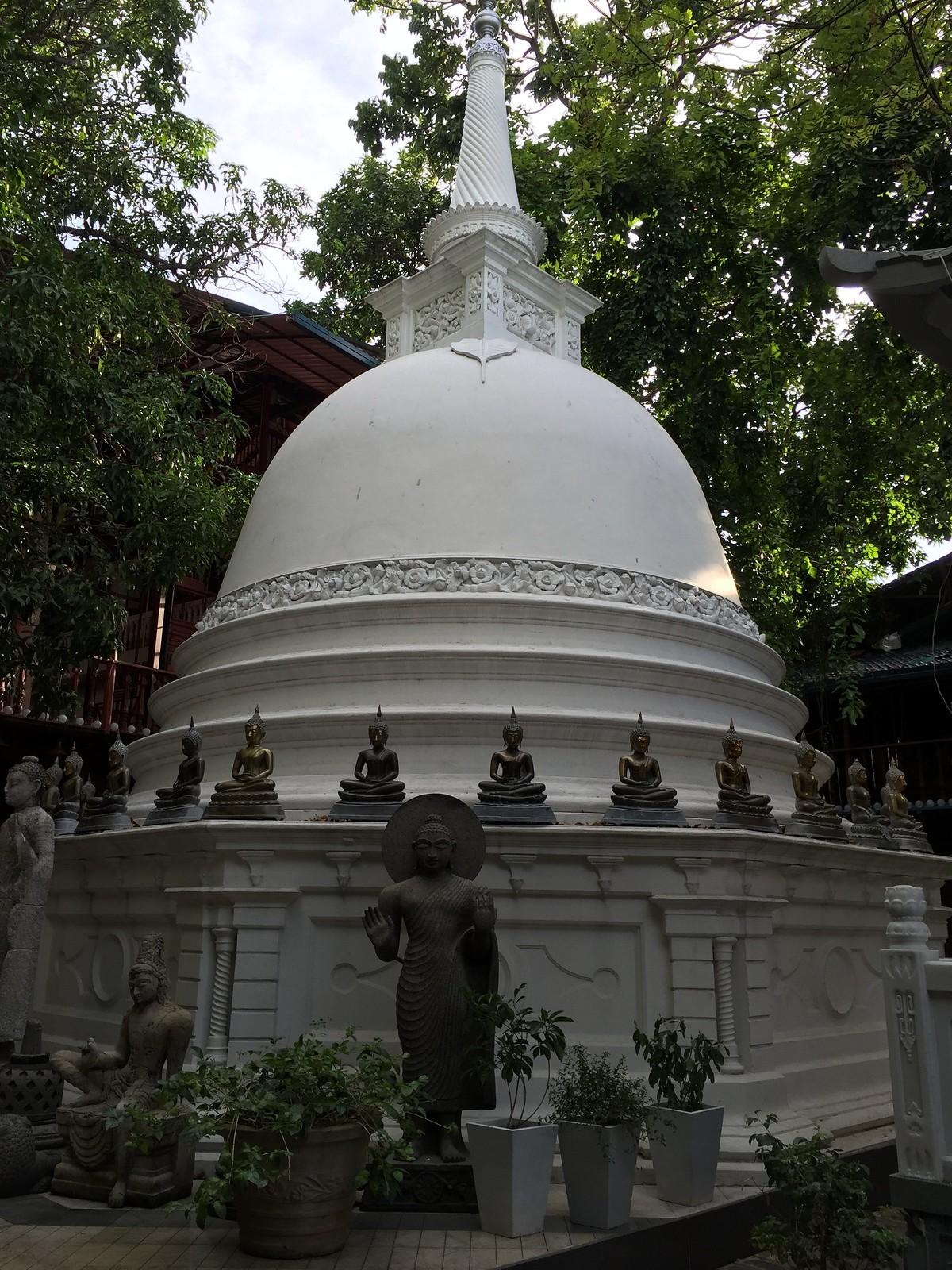 Gangaramaya Temple (2)