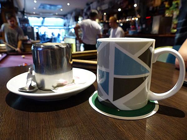 thé au blue lady pub