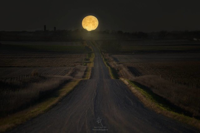 """Setting Supermoon"" by Aaron J. Groen @homegroenphotography"