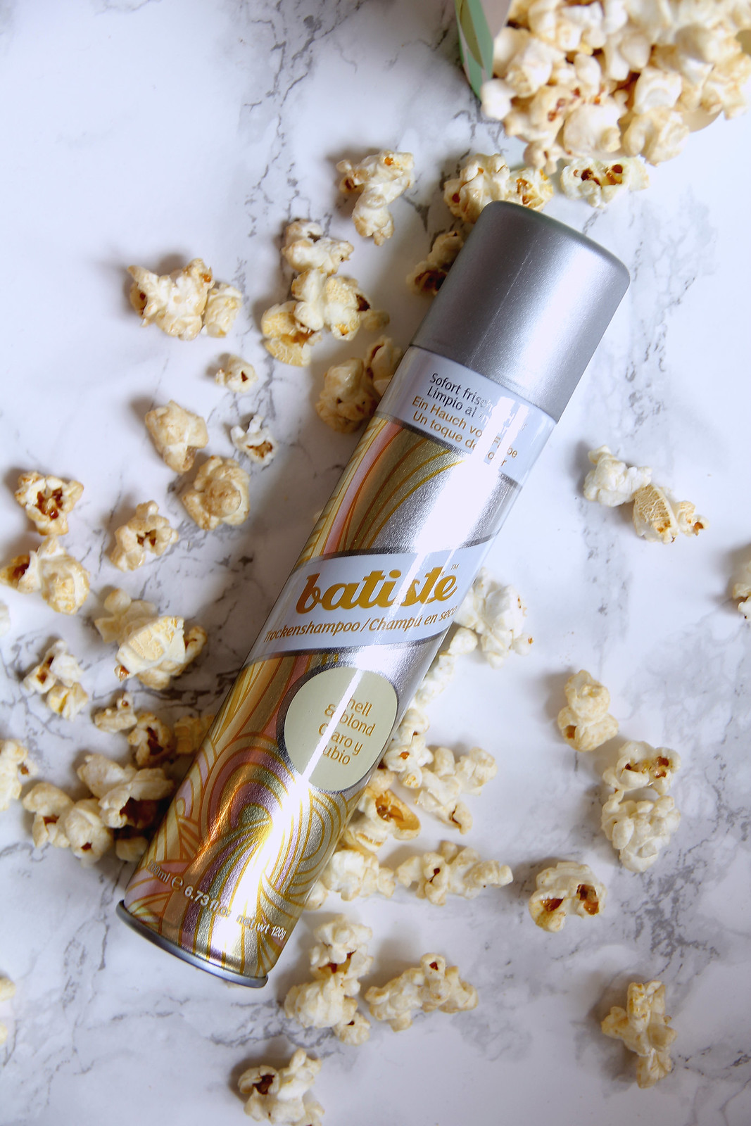 batiste Dry Shampoo Hint of Colour hell & blond - BeautyBloggerCafé Pink Box I Style By Charlotte