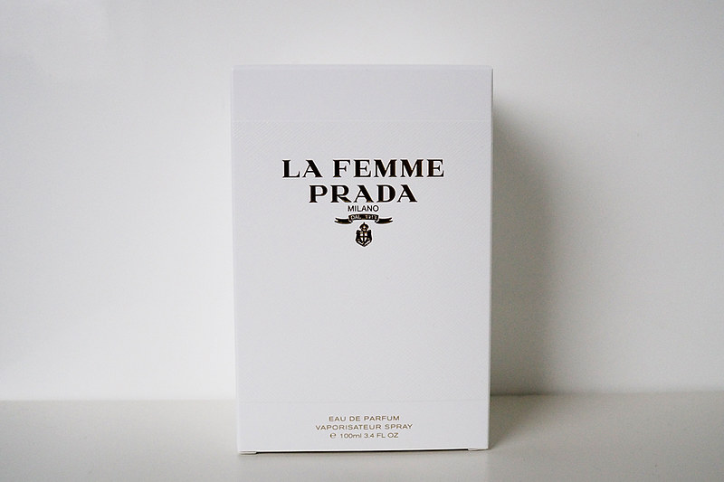 Prada_La_Femme_01