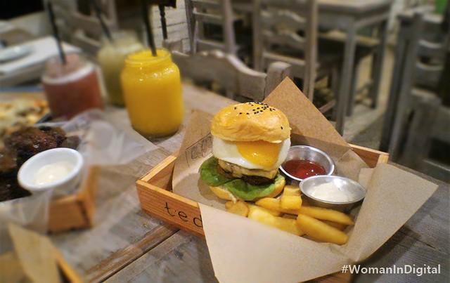 Teds-Angus-Burger