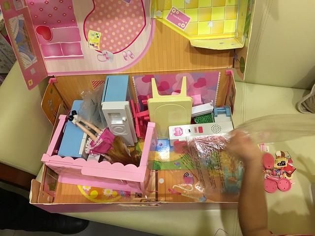 玩扮家家酒之LICCA 莉卡娃娃房間提盒組