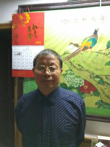 上海市闵行区莘庄工业区失地农民代表黄尧年
