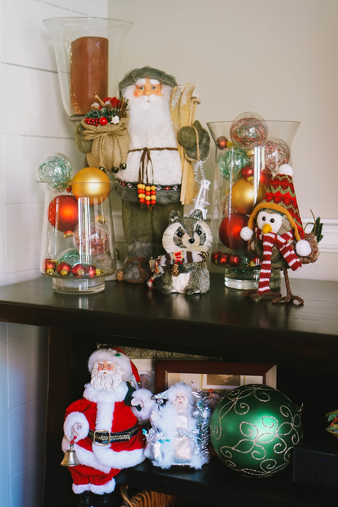 Saint Nick Vignette |Traditional Modern |Transitional Christmas Living Room Decor | Holiday Decorations