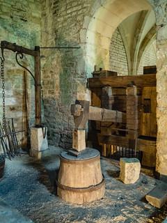 Hydraulischer Fallhammer der Schmiede Abbaye de Fontenay