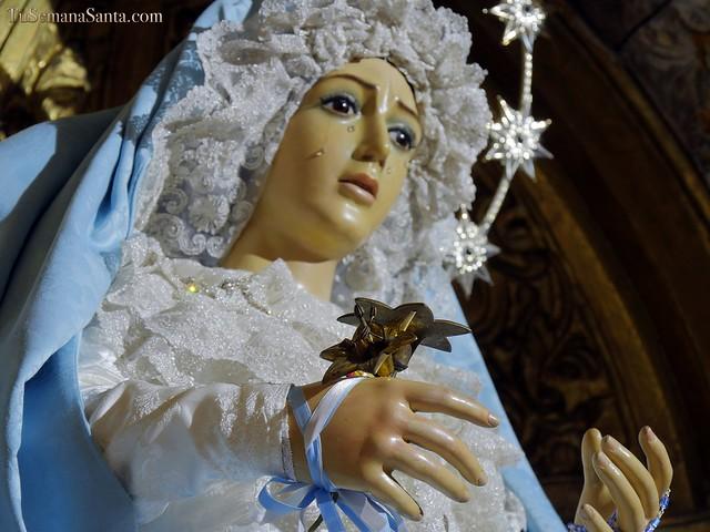 La Virgen de la Esperanza, de azul inmaculada