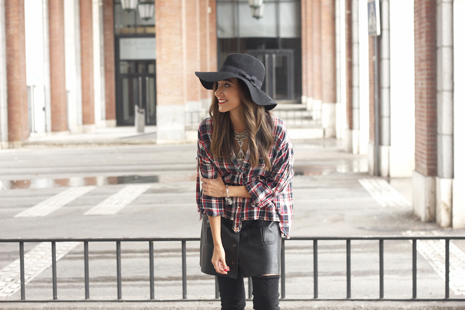 tartan shirt leather skirt over the knee boots accessories hat fashion outfit rainny day24