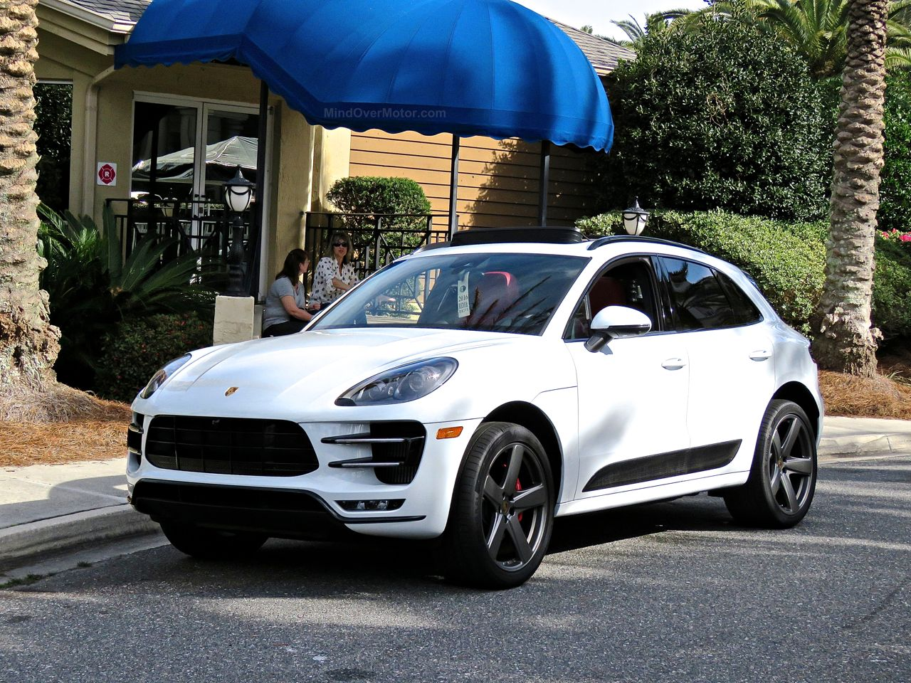 Porsche Macan Turbo Review 2