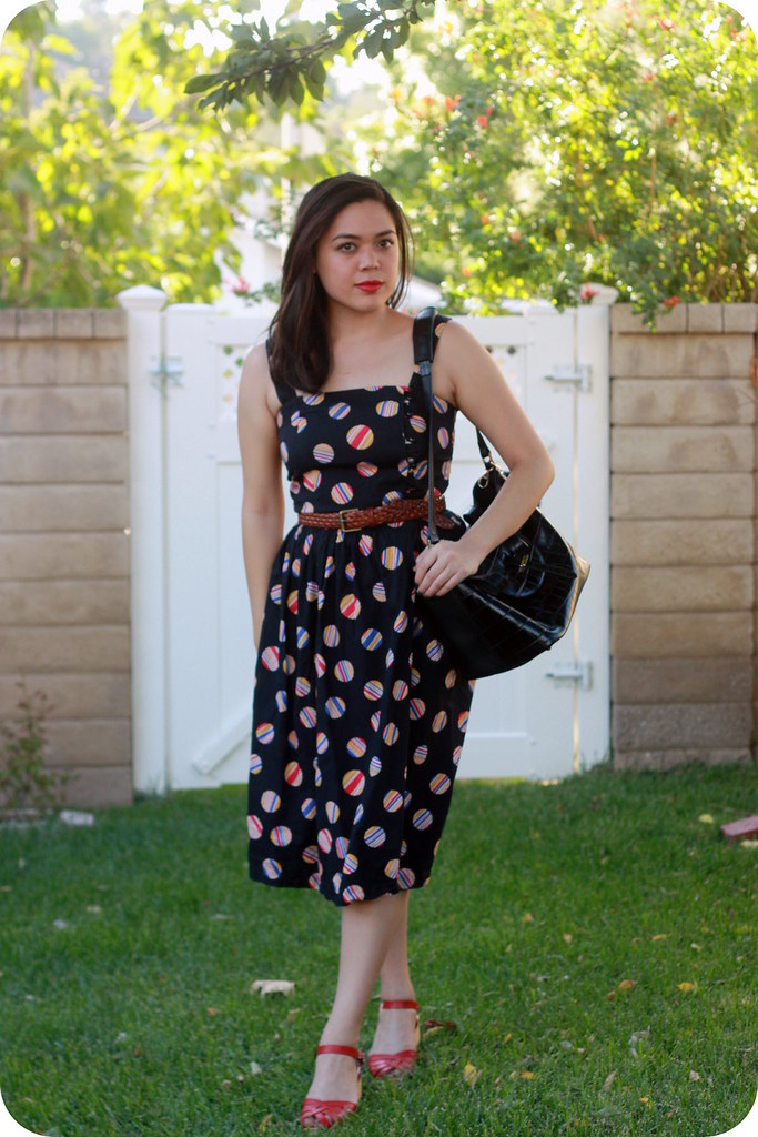 Sweets and Hearts outfit post: style featuring thrifted vintage dress, Swedish Hasbeens, Meli Melo croc Thela, Mulberry belt