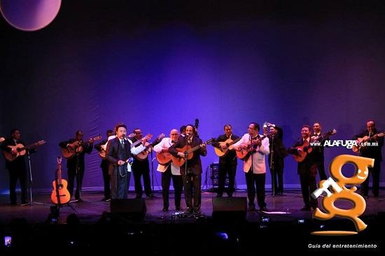 GALERÍA DE IMÁGENES LosTresReyes, LosPanchos & LaRondallaMotivos - Teatro Galerías - Gdl, Mex. (4 - Nov - 2016) https://www.facebook.com/pg/AlafugaEntretenimiento/photos/?tab=album&album_id=10154035479997876