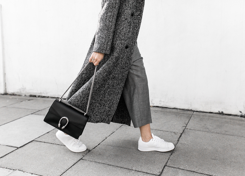 all grey texture outfit inspo RAEY MatchesFashion.com coat sneakers street style modern legacy fashion blogger monochrome minimal (7 of 13)