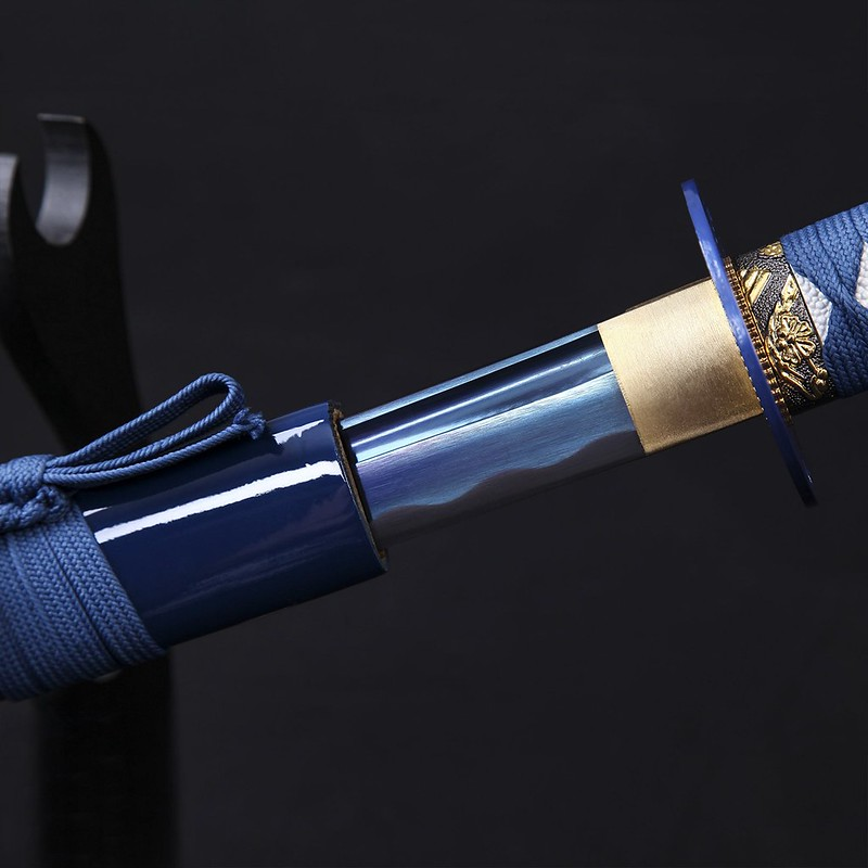 Samurai-sword-blue-handmade-high-carbon-steel-katana