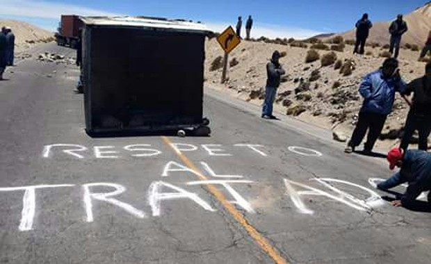 TRANSPORTISTAS MANTIENEN LOS BLOQUEOS EN FRONTERA CON CHILE